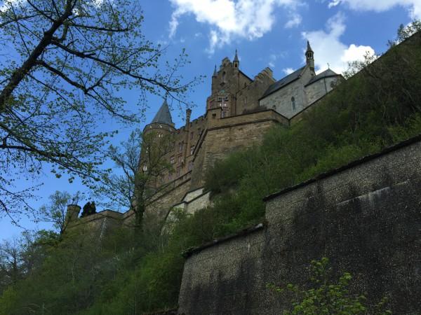 Direkt vor der Burg