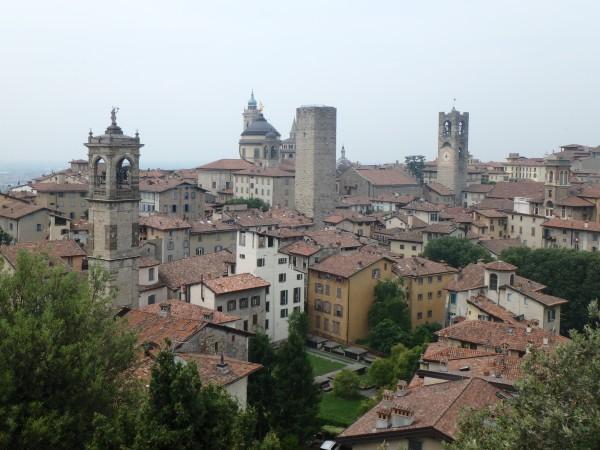 Bergamo von den Burgmauern